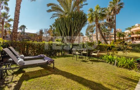 Groundfloor apartment for sale in Paseo del Mar