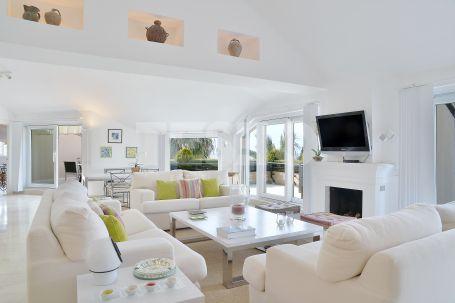 Apartment for sale in Sotogrande Puerto Deportivo