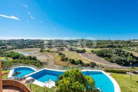 Spacious and large penthouse for sale at Los Gazules, Sotogrande Alto