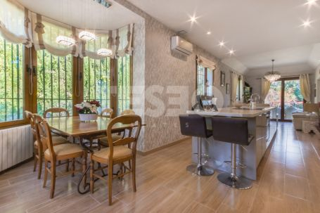 COLONIAL STYLE VILLA FOR SALE IN THE A ZONE, RECENTLY REFURBISHED