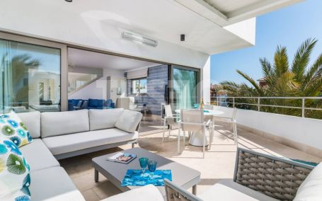 Duplex Penthouse for sale in Isla del Pez Barbero, Sotogrande