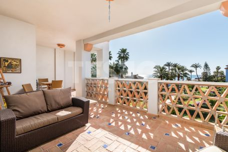 Duplex penthouse for sale in La Perla de la Bahia Casares Costa