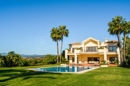 Wonderful villa with panoramic views in Marbella Hill Club
