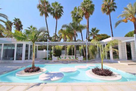 Magnifica villa en Guadalmina Baja, Marbella