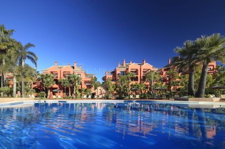 Investment Opportunity! Apartment in Exclusive Vasari Resort
