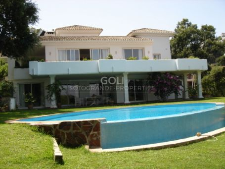 Villa in the hills of west Marbella