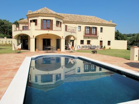 Comfortable villa in desirable area near Valderrama Golf Course