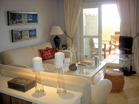 Apartment with views of La Cañada Golf