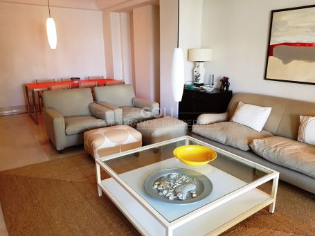 Bright apartment on Sotogrande Marina