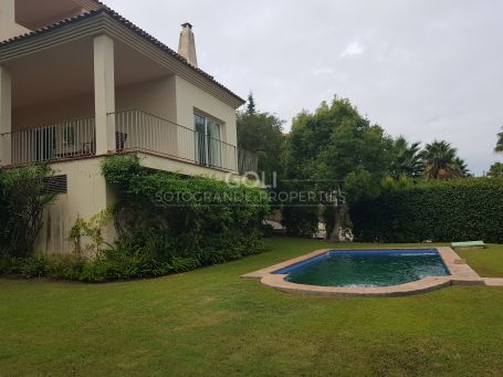 Comfortable villa with garden and swimming pool