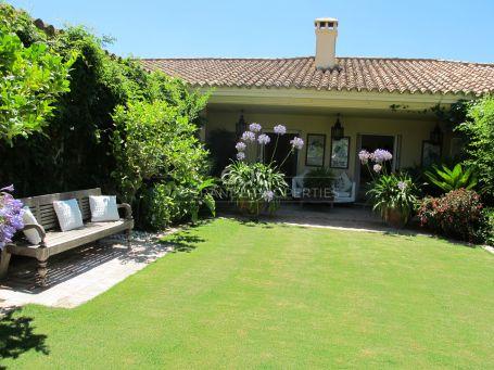 Elegant cottage