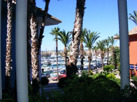 Cosy 2 bedroom apartment in Sotogrande