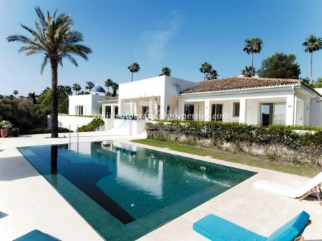 Extraordinary villa on first line of the Royal Golf Course