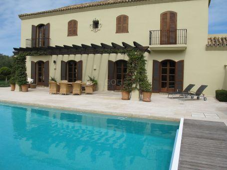 Mansion in San Roque Golf