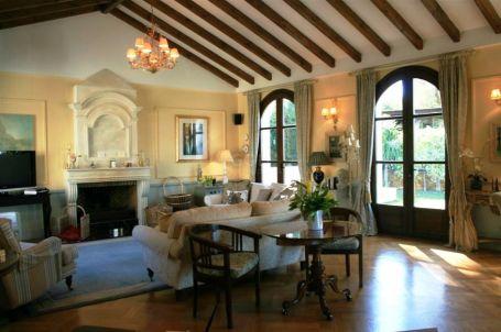 Luxurious villa near Valderrama