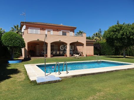 Comfortable villa with private garden and pool