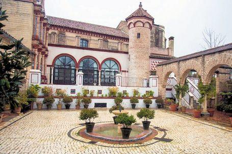 Magnificent XV Century property in Sierra Norte de Sevilla
