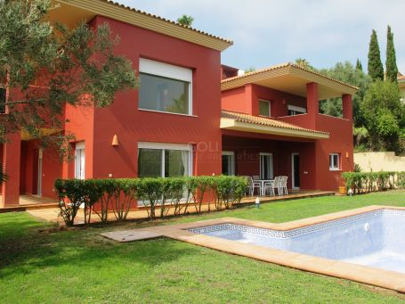 Charming property with views of the green zone