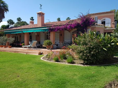 Charming villa with garden and private pool