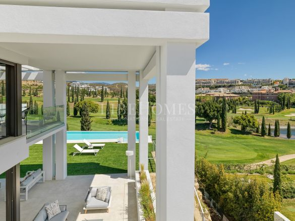 Newly built, luxury villa in Los Flamingos Golf, Benahavís