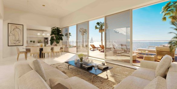 Ground floor, beachfront, luxury apartments in Estepona