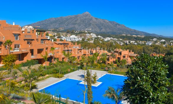 New apartment development, key-ready, Nueva Andalucía, Marbella