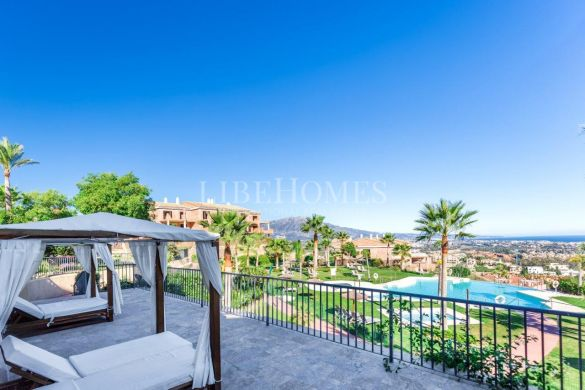 Ready to move in, new penthouse in Benahavis