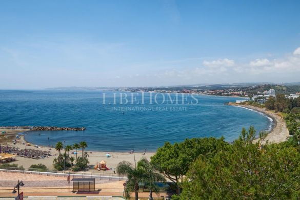 Apartment within walking distance to the beach in Estepona