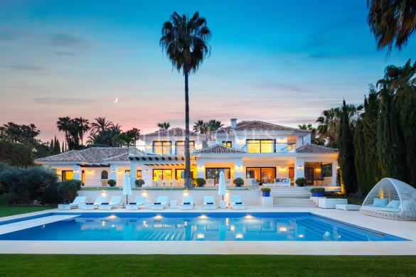 Stunning, fully renovated villa in La Cerquilla, Marbella