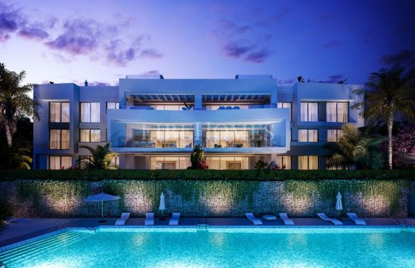 Newly built villas in Santa Clara Golf, East Marbella