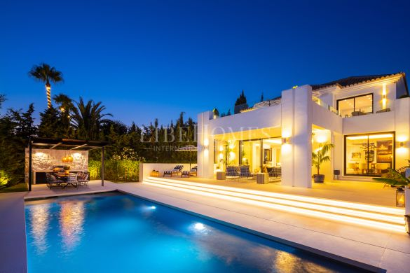 Spectacular design villa in the Golf Valley, Nueva Andalucia, Marbella