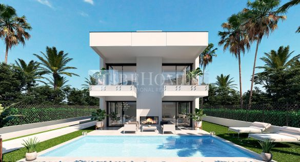 New development of villas within walking distance of Puerto Banús
