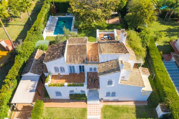 Family chalet in Elviria, Marbella, unbeatable location