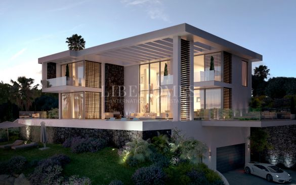 Magnificent contemporary villa in Los Arqueros Golf