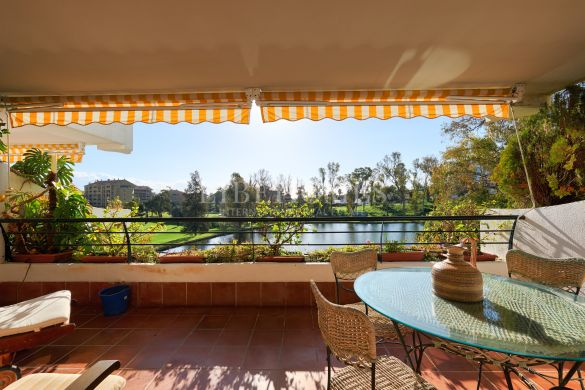 Spacious apartment close to the golf in Guadalmina, Marbella