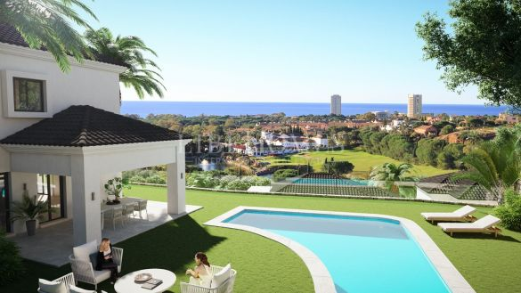 New development of villas with sea views in Elviria, East Marbella