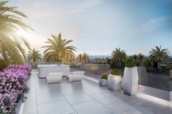 Development of luxury villas in Rio Verde Playa, Marbella Golden Mile