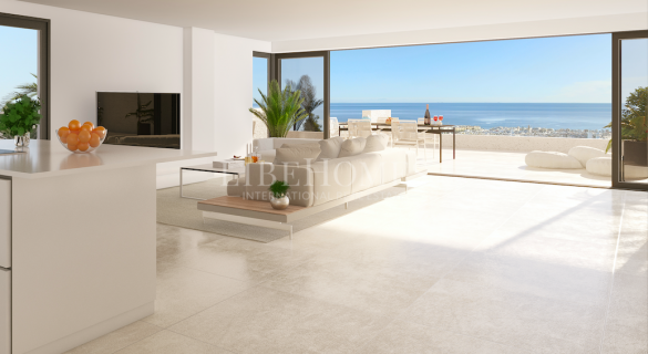 New penthouses with sea views near Estepona city center