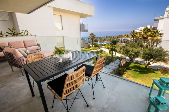 New beachfront development of apartments, El Chaparral, Mijas
