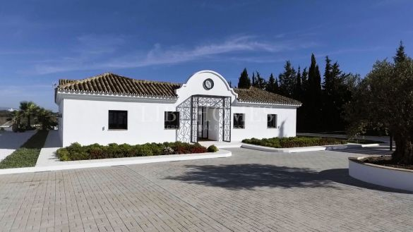 Traditional Andalusian cortijo in Cancelada, New Golden Mile, Estepona