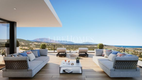 Brand new villa with 360º panoramic and sea views in Sotogrande