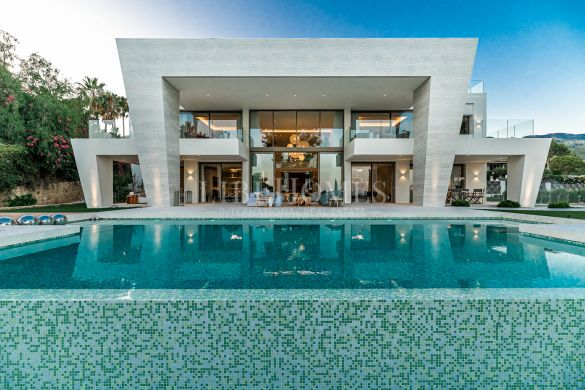 New luxury villa with sea views in Sierra Blanca, Marbella Golden Mile