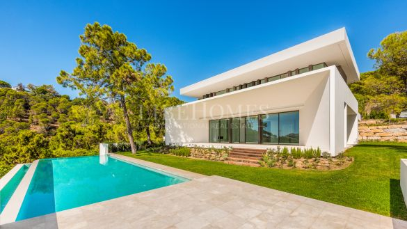 New villas in the exclusive Reserva de Alcuzcuz, Benahavis