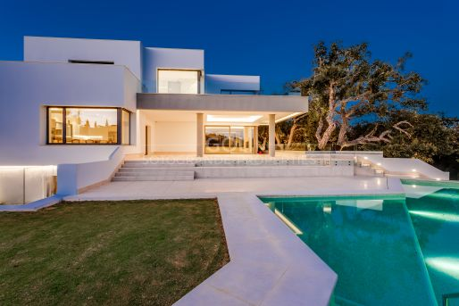 Newly built villa of contemporary style
