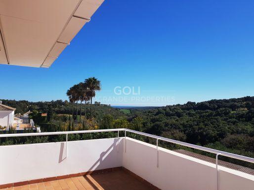 Villa with south facing views