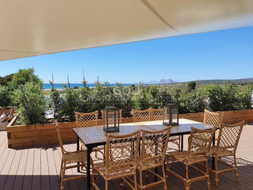 Encantador bungaló cerca de la playa, fabulosas vistas