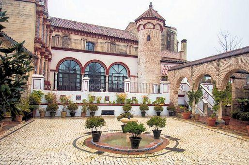 Magnífico Palacio del siglo XV en Sierra Norte de Sevilla