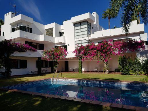 B Zone - Spacious villa on a quiet zone