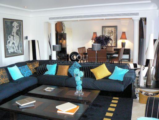 Spacious apartment in exclusive closed in development