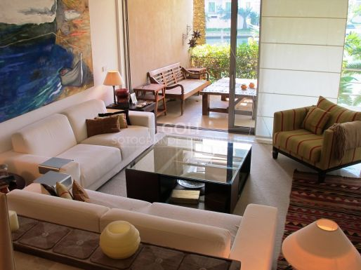 Apartment on the Marina with mooring